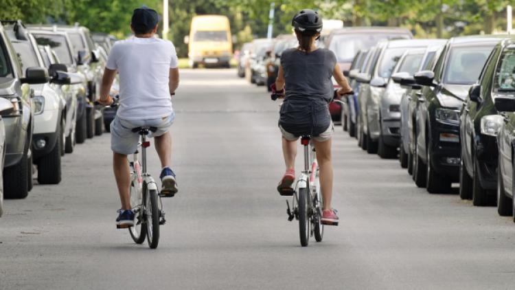 В Севастополе запретят стоянку машин на ряде улиц города