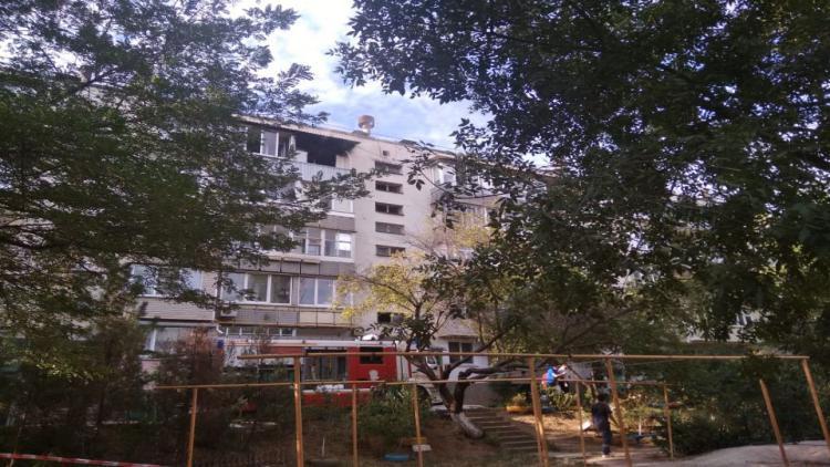 Под Севастополем загорелся жилой дом: очевидцы рассказывают о взрыве газа