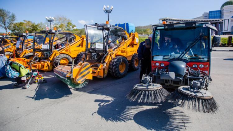 В Севастополе обновят парк коммунальной техники