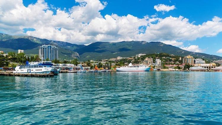 Какие города Крыма выбирают туристы для отдыха в бархатный сезон - цены