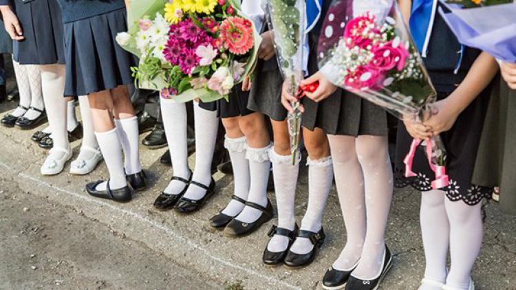 На школьные линейки 1 сентября в Севастополе маски можно не надевать