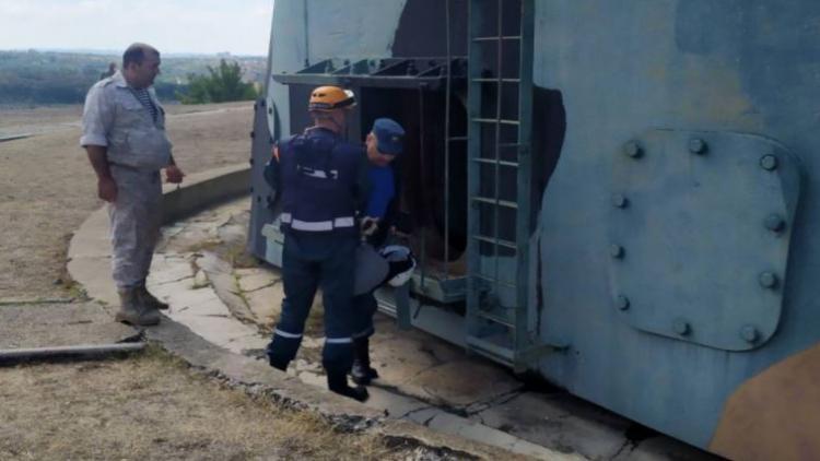 В Севастополе ребенок упал в подземное помещение орудийной башни