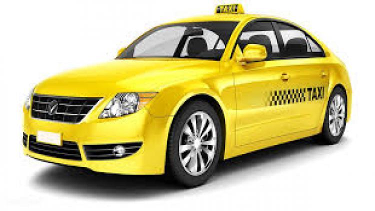 Лучшим таксистом Севастополя стала женщина