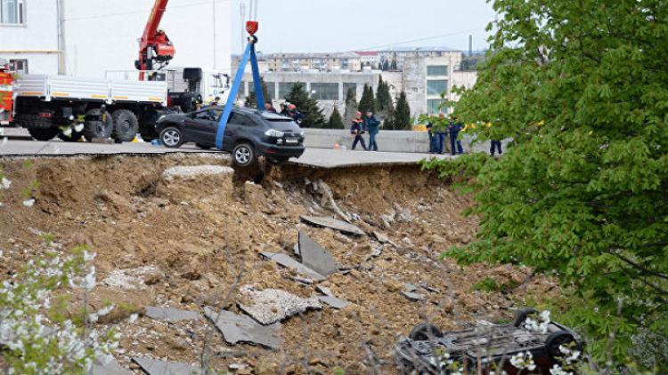 Обвиняемые вобрушении парковки вСевастополе предстанут перед судом