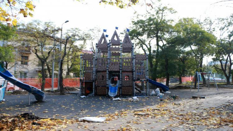 Реконструкцию парка в центре Севастополя могут завершить досрочно