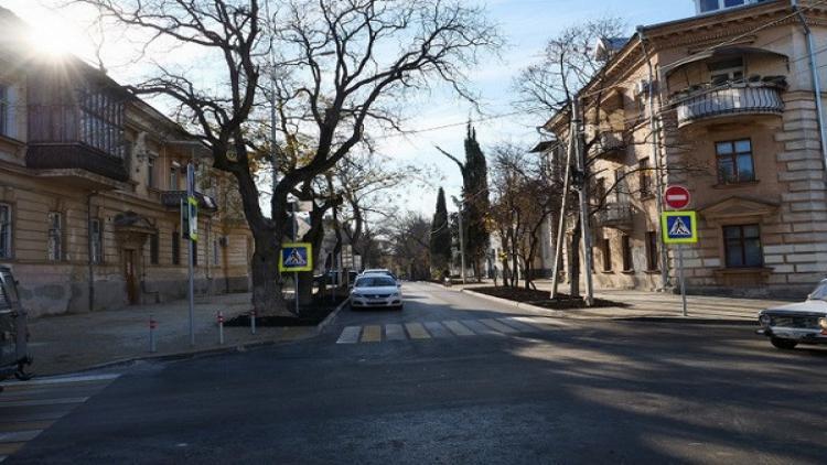 Севастополь тоже решил вернуть улицам старые названия