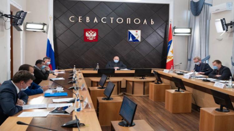 Губернатор Севастополя провел очередное заседание комиссии по проблемным домам