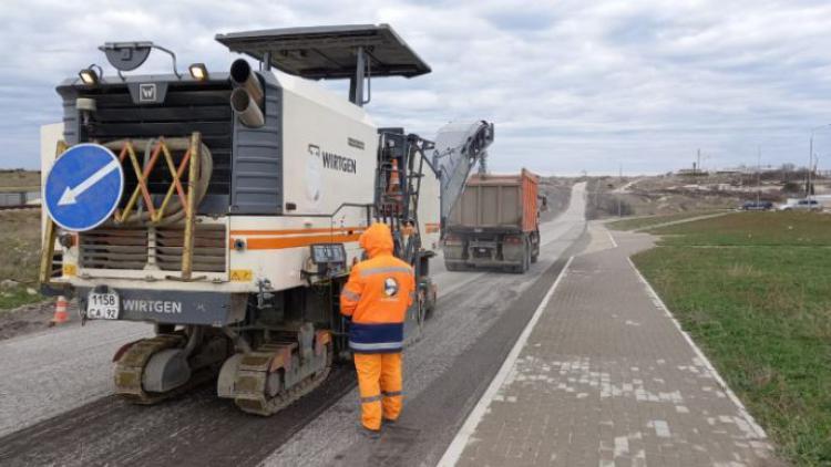В Севастополе начали ремонтировать девять улиц